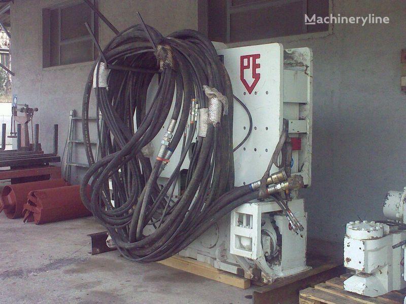 Vibropogruzhatel  PVE25 M + power unit PVE 480. Andere Baumaschinen