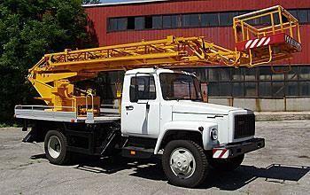 neuer GAZ Arbeitsbühne-LKW