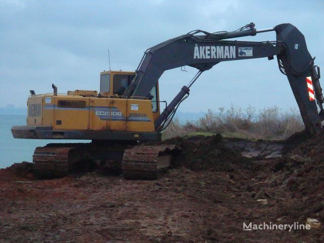 AKERMAN EC230B Kettenbagger