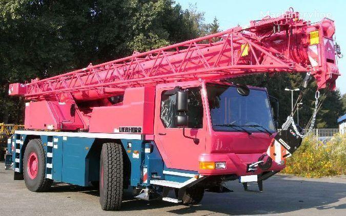 neuer LTM 1030-2.1 auf chassis LIEBHERR LTM 1030-2.1 Kranwagen