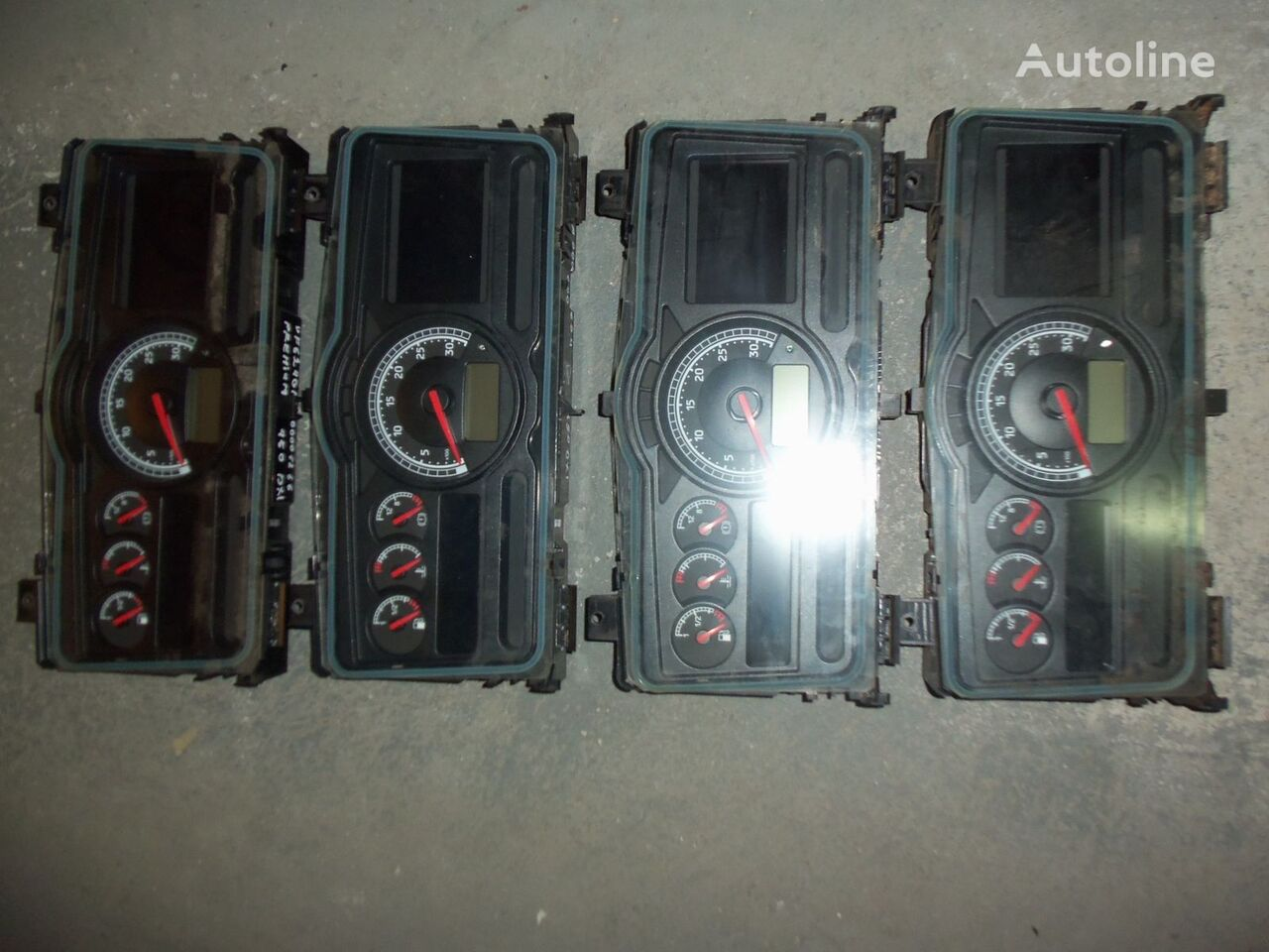 Renault Premium DXI instrument panel, dashboard, 7420771818 Armaturenbrett für RENAULT Premium DXI Sattelzugmaschine