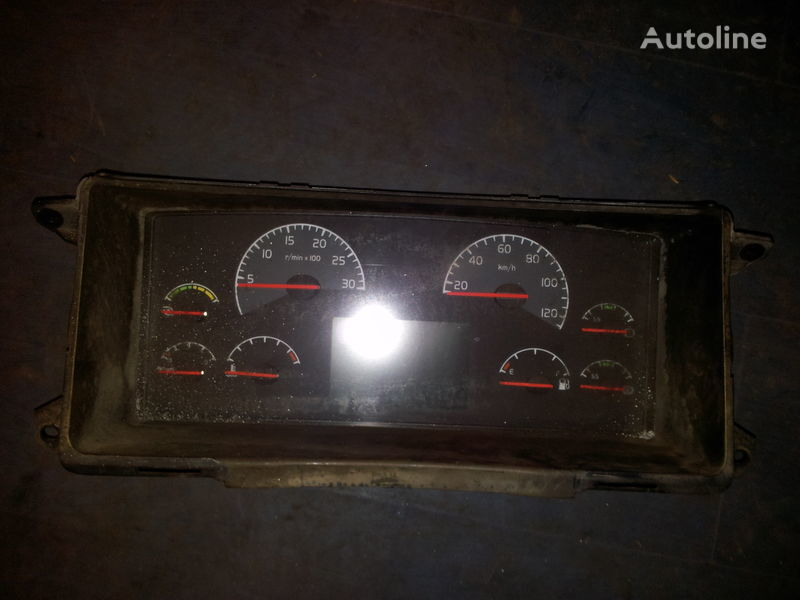 VOLVO FH12, 20466984 instrument cluster, combination kit, dashboard, 20455503, 20466983, 20577363, 20543474, 20739274, 21015774, 21366874, 21542174, 21842974, 85435218, 85113624, 85131268, 85131298, 85113873, 85113624, 85122346, 85111348, 85109081, 851154 Armaturenbrett für VOLVO FH12 Sattelzugmaschine