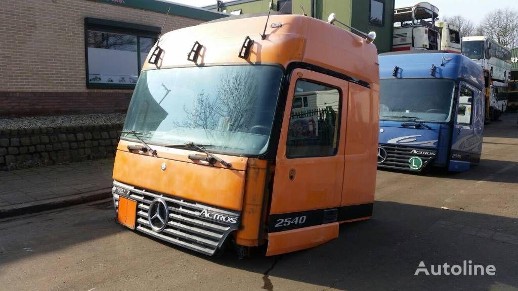 Führerhaus für MERCEDES-BENZ 2540 Sattelzugmaschine
