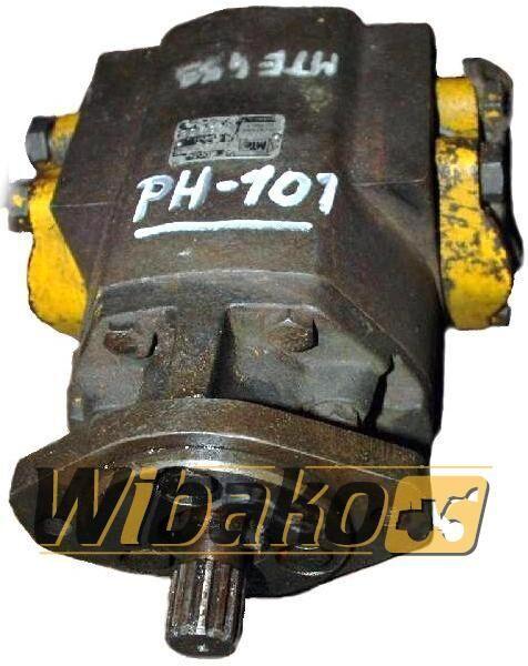 Hydraulic pump MTE 2453 Hydraulikpumpe für 2453 Bagger