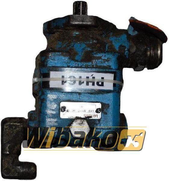Hydraulic pump Vickers V2OF1P11P38C6011 Hydraulikpumpe für V2OF1P11P38C6011 Bagger