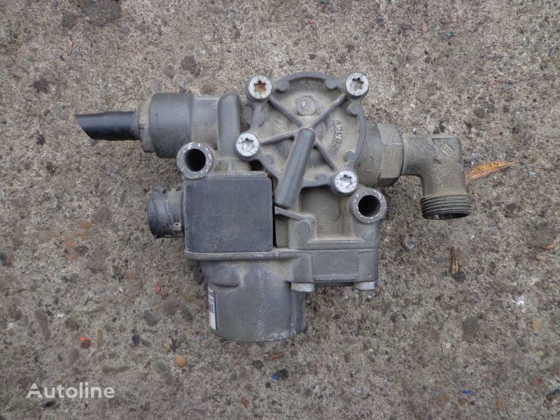 KNORR-BREMSE Kran für Sattelzugmaschine