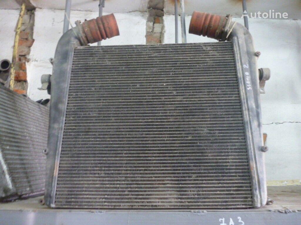Interkuler (672x650x52) Scania Motorkühler für LKW