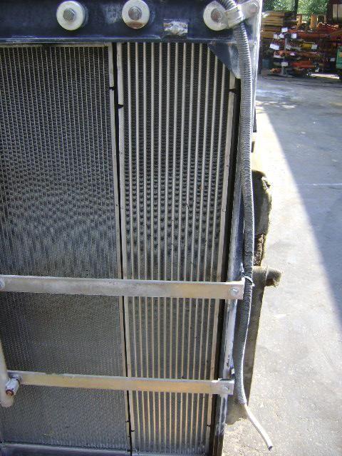 Motorkühler für NEW HOLLAND E 385 B Bagger