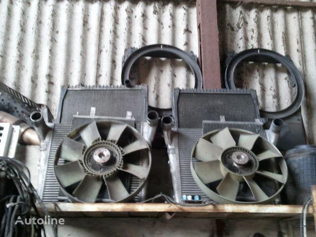 Motorkühler für RENAULT MAGNUM Sattelzugmaschine