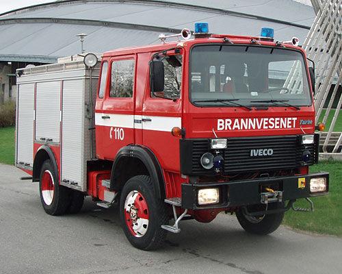 IVECO 80-16 4x4 WD Feuerwehrauto
