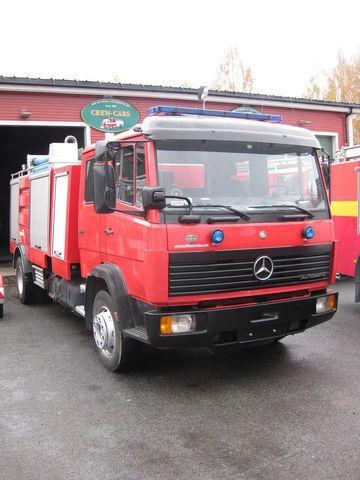 MERCEDES-BENZ 1320 Feuerwehrauto