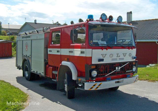 VOLVO F-7 Feuerwehrauto