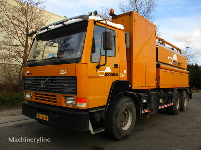 TERBERG FL1450 Saugwagen