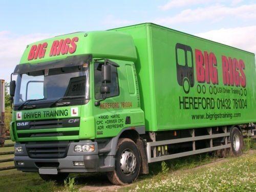 DAF CF 65.250 g/p. 11 tonn , furgon 53 m3, vorota,spalnik. Koffer LKW