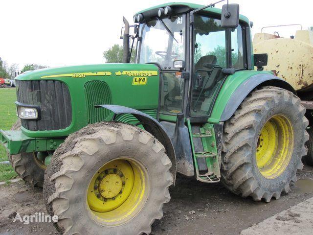 JOHN DEERE 6920 Radtraktor