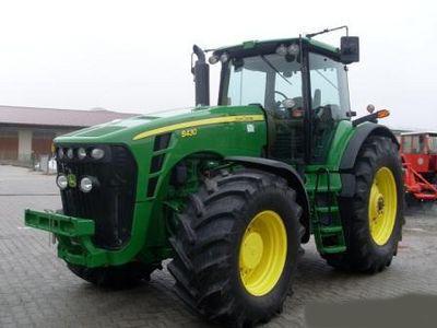JOHN DEERE 8430 Radtraktor