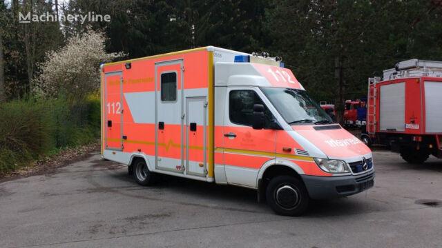 MERCEDES-BENZ 413 Krankenwagen RTW Rettungswagen