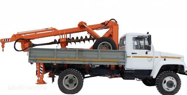 BKM ZU Burilno-kranovaya mashina BKM-3U na avtomobilyah GAZ 33081 («Sa Andere Baumaschinen