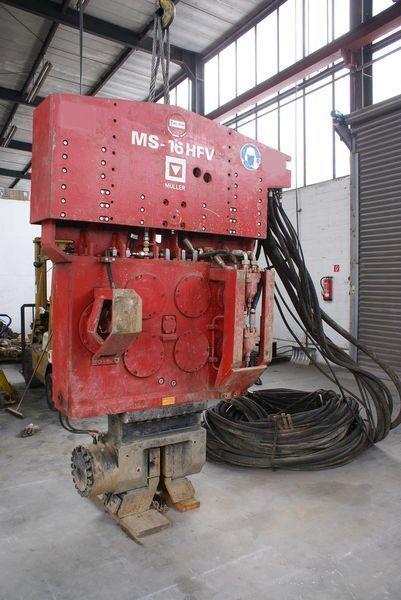 Vibropogruzhatel Muller M16HFV i Power pack MS-A260  Andere Baumaschinen