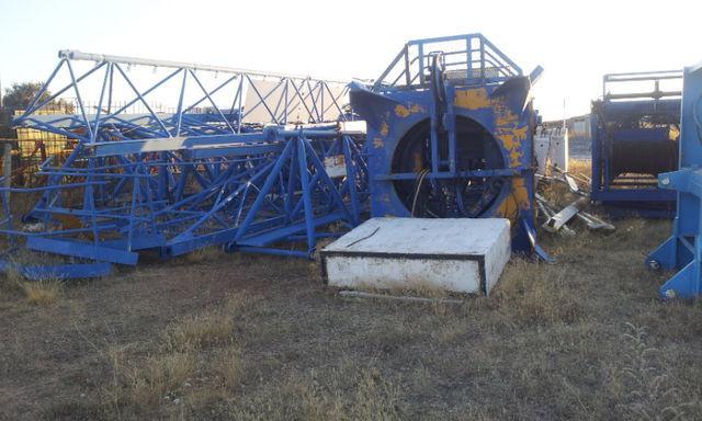 POTAIN 775 A opcion base y jaula de telescopaje Turmkran