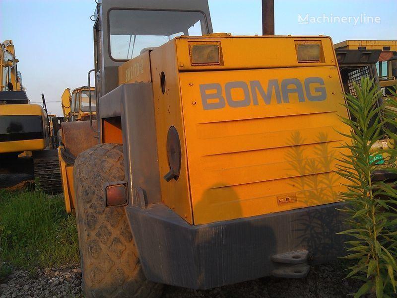 BOMAG BW217D-2 Walzenzug
