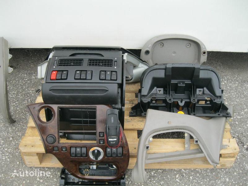 Armaturenbrett für DAF XF 105 Sattelzugmaschine