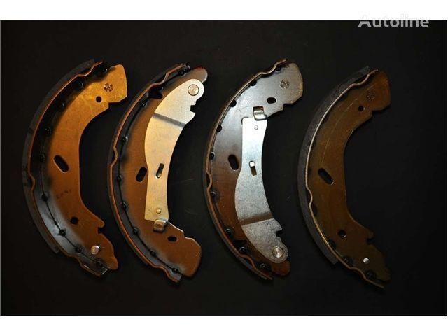 neuer - NEW BRAKE SHOES KIT - Bremsbeläge für NISSAN SZCZĘKI HAM. ATLEON CABSTAR SZCZĘKI LKW