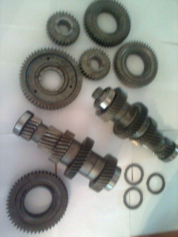 neuer ZF 12 AS 2301 Promezhutochnye valy KPP 1327203046  1327203044 Getriebe für MAN tga
