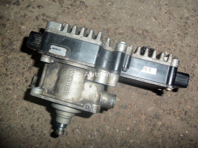 Mercedes-Benz 5 Gate cylinder with gate module 0032600963, 0022602263, 0022606163, 4213511370 Getriebe für MERCEDES-BENZ Actros MP2, MP3 EURO3 Sattelzugmaschine