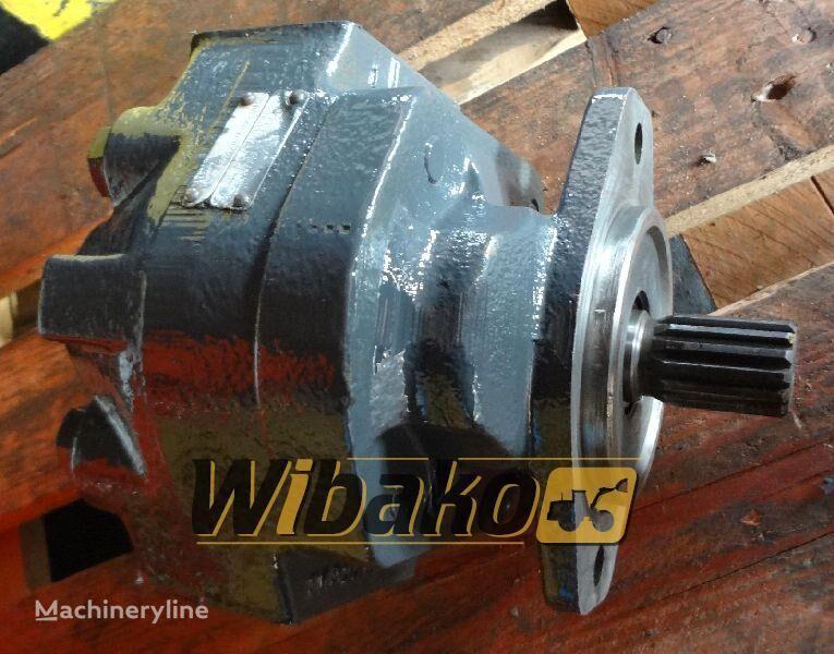 Hydraulic pump Hanomag D500 Hydraulikpumpe für D500 Bagger