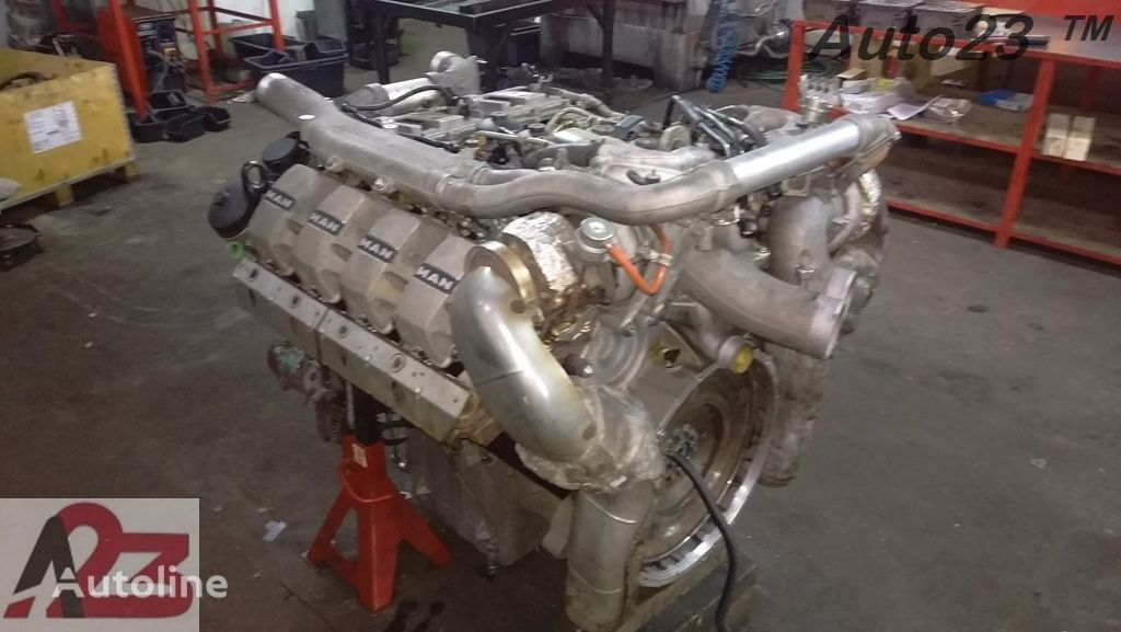 LIEBHERR V8 Euro5 680km MAN V8 Motor für Mobilkran