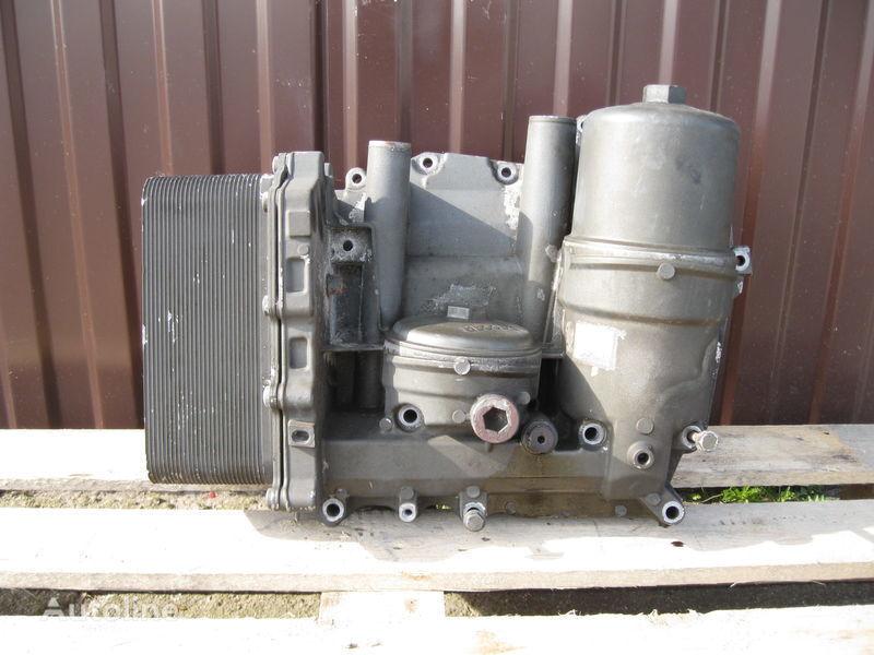 CHŁODNICZKA OLEJU Z PODSTAWĄ Ölfilter für DAF XF 105 Sattelzugmaschine