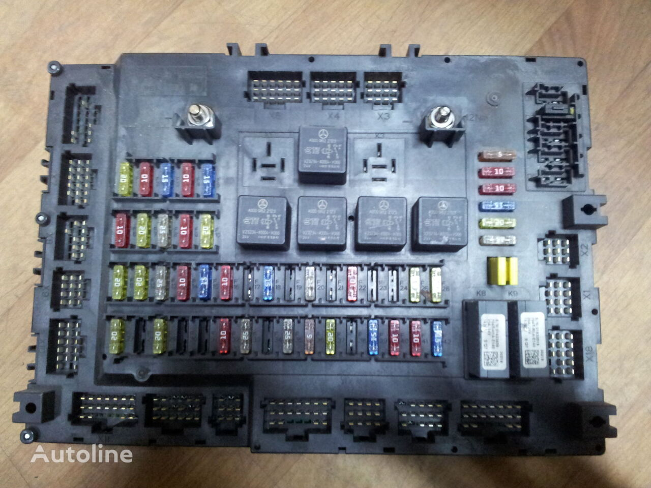 Electric Fuse Box For Cabin Wiring Library 2005 Aston Martin Db9 Location Mercedes Benz Actros Mp4 Euro6 Grundmodul Relay Sam