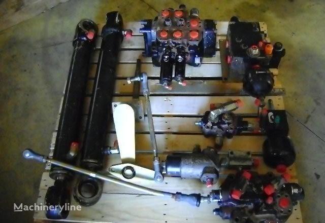 Verteiler für FIAT-HITACHI  W 230 Radlader