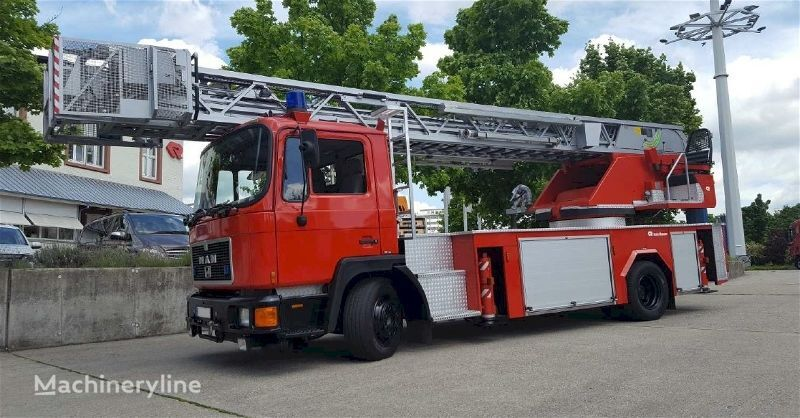 MAN F20135 - Rosenbauer L32 PLC 3.0 Feuerwehrleiter