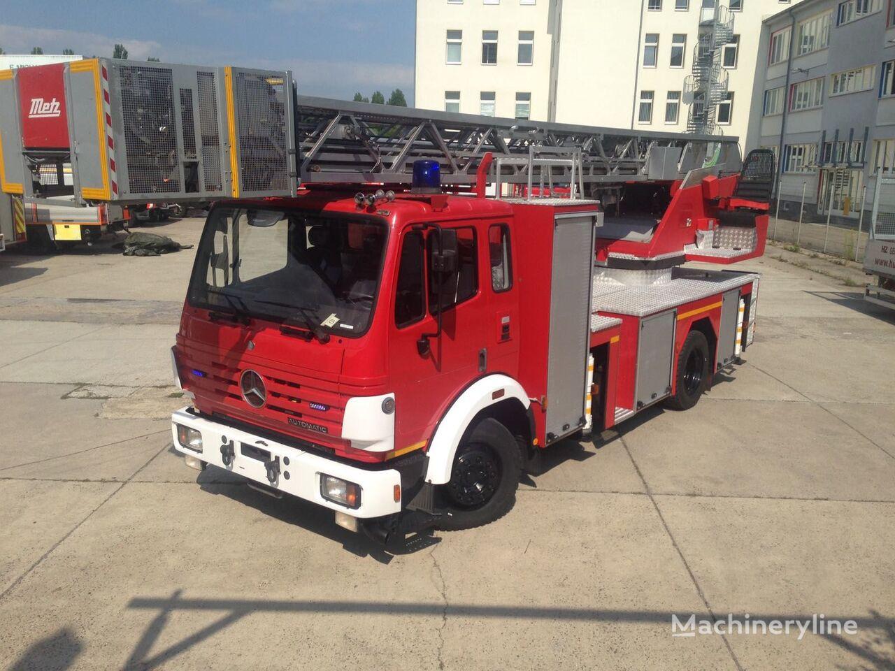 MERCEDES-BENZ  23/12 Überholter Zustand Feuerwehrleiter