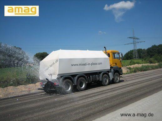 MAN Wasserwagen MAN TGA 41.480 - 8x8 Kehrmaschine