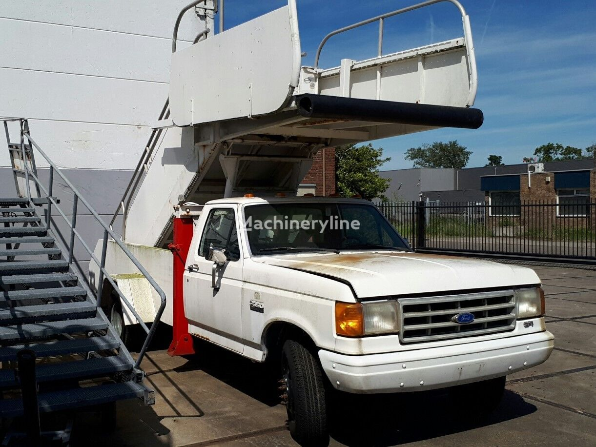 FORD F350 Custom passenger stairs Passagiertreppe