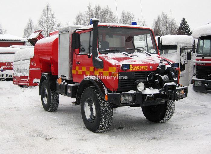 MERCEDES-BENZ Unimog U-1300 4x4 WD Tanklöschfahrzeug
