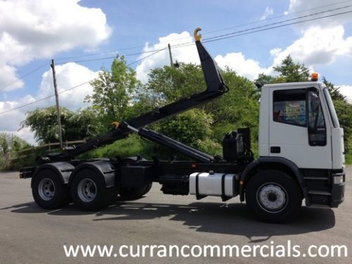 IVECO 260y28 Abrollkipper LKW