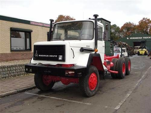 IVECO 256M26 AK Fahrgestell LKW