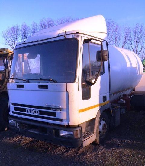 IVECO 75E15 Gastransporter LKW
