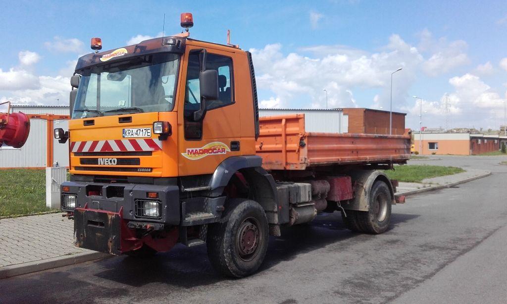 IVECO Trakker  Kipper LKW