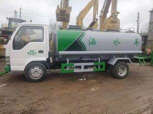 ISUZU Milchtankwagen