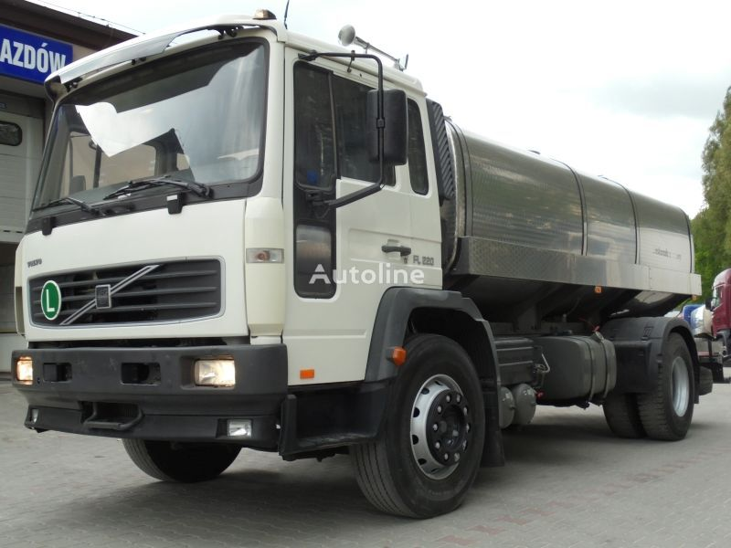 VOLVO FL 220 FL6 Milchtransporter LKW