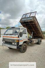 TOYOTA Dyna 300 14B 3.6 diesel left hand drive 7.5 ton Muldenkipper