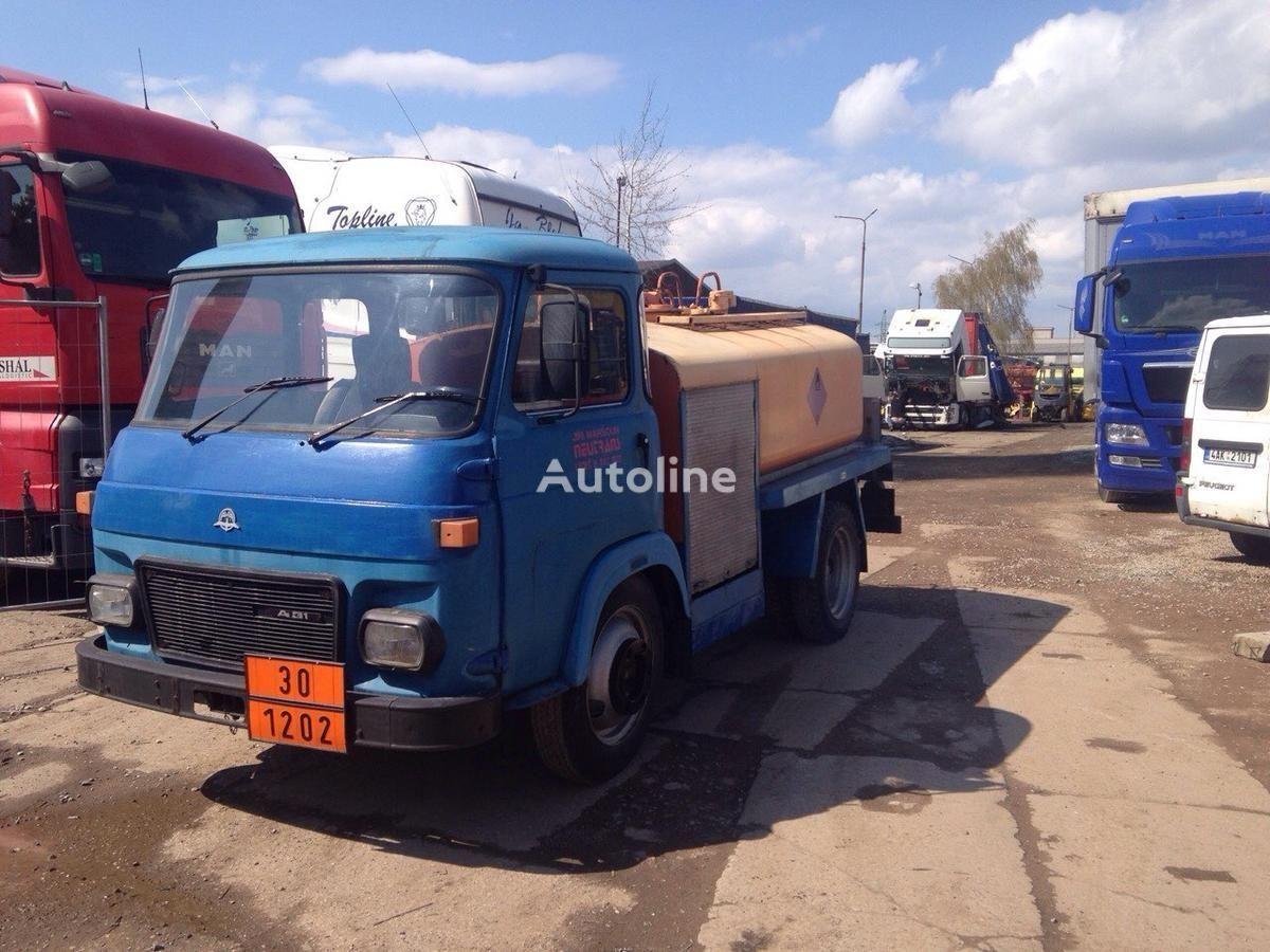 verkauf von speci ln automobil tanklastwagen aus tschechien tanklastwagen kaufen zy10351. Black Bedroom Furniture Sets. Home Design Ideas