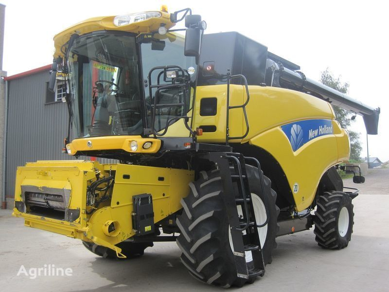 NEW HOLLAND CR 9080 Elevation HD  Mähdrescher