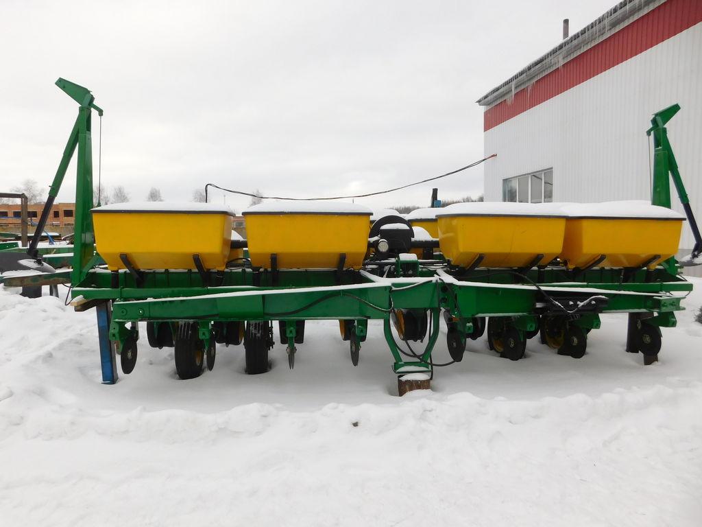 JOHN DEERE 7200 Pneumatische Einzelkornsämaschine