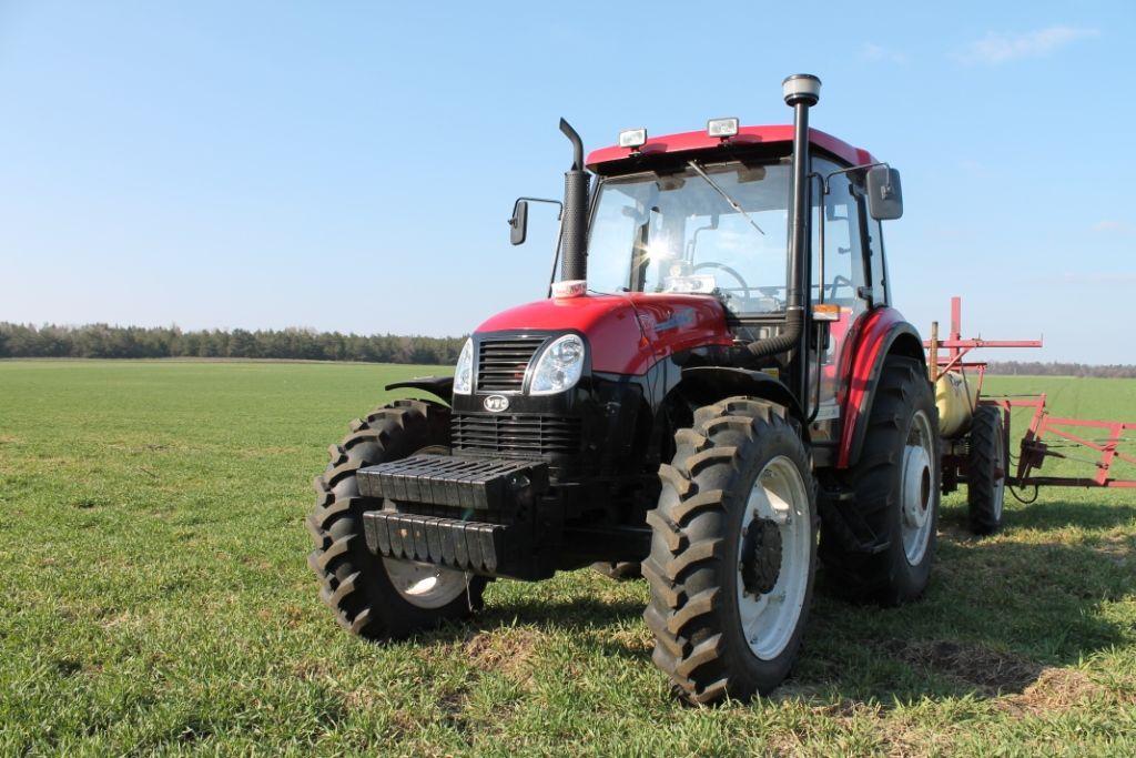 neuer YTO X804 Radtraktor